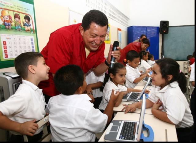 Chavez-Canaima-Educativo
