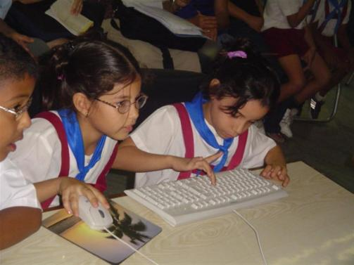 ciencia cubana_ciencia de cuba_caravana científica del centro de lingüística aplicada de santiago de cuba_24