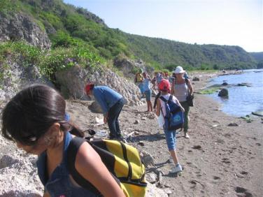 ciencia de cuba_portal de la ciencia cubana_niños y educación ambiental en cuba_limpieza de las costas de santiago de cuba (2)