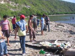 ciencia de cuba_portal de la ciencia cubana_niños y educación ambiental en cuba_limpieza de las costas de santiago de cuba (20)