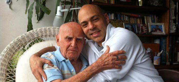 Hermógenes e Vitor abraçados e1570460326680 - Como o Yoga curou o meu câncer