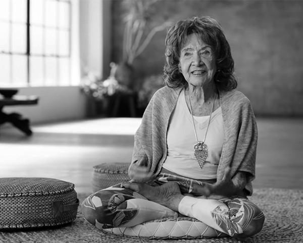 TPL 2 - Como o Yoga alegrou sua vida por mais de 100 anos