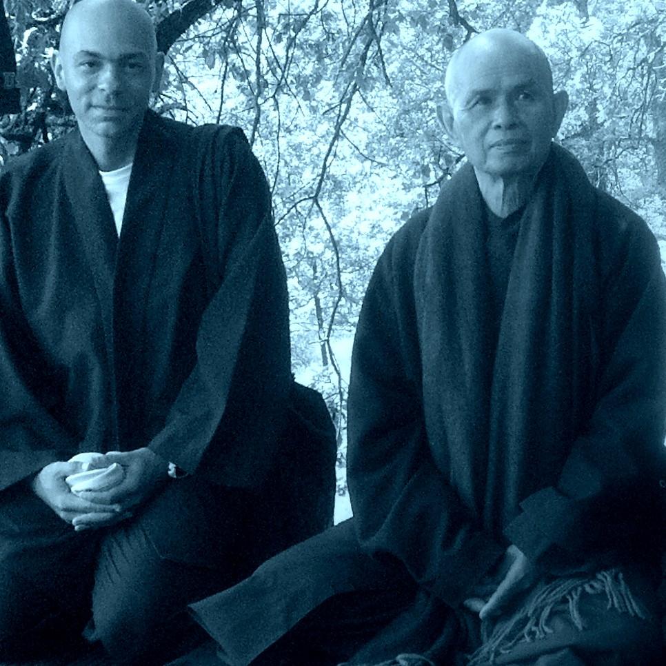 Thay and Vitor para Site - Yoga, Meditação e Terapia