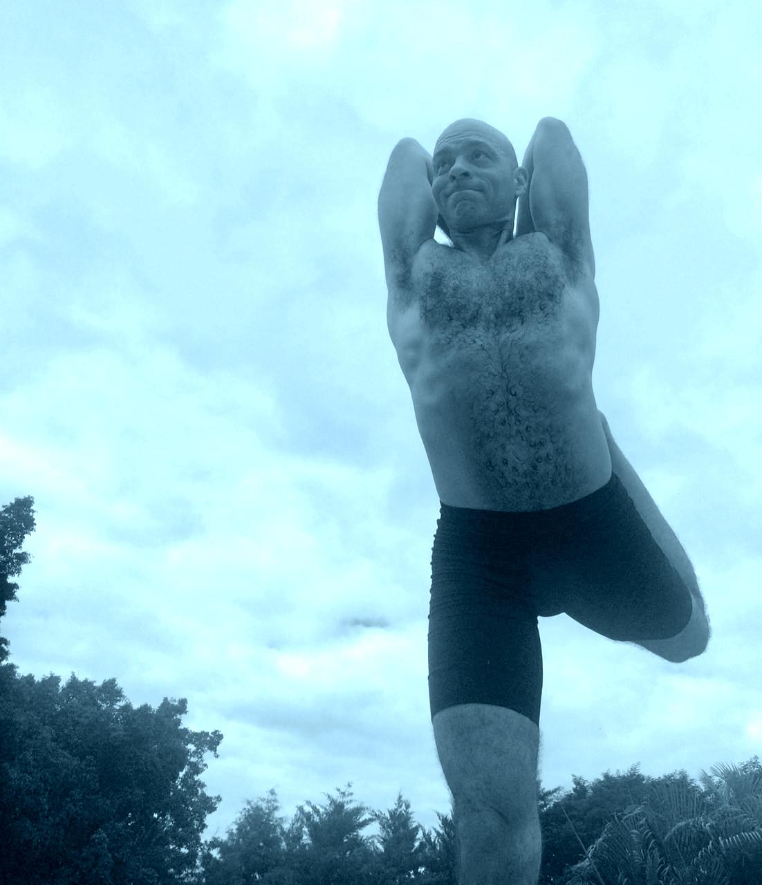 Vitor Capa Site 3 - Yoga, Meditação e Terapia