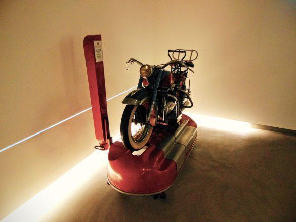 PROTOTYP - znalazł się dokładnie 1 motocykl...