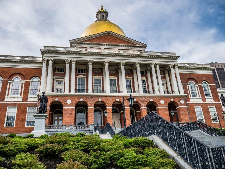 Massachusetts State House, ukończony 11 stycznia 1798