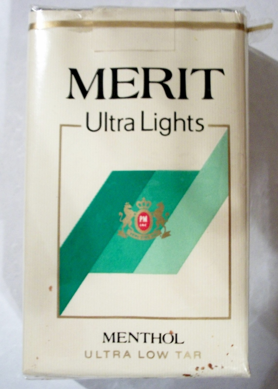 Merit Ultra Lights, Menthol King Size - vintage American Cigarette Pack