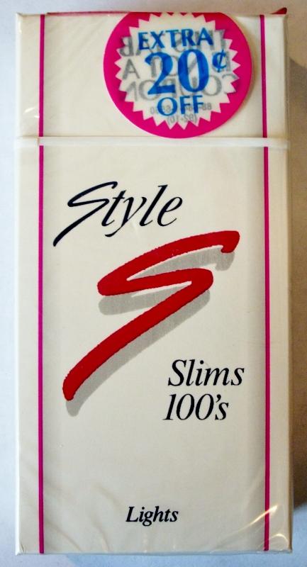 Style Slims Lights 100's - vintage American Cigarette Pack