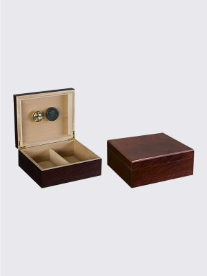 25-50 cigar walnut humidor.