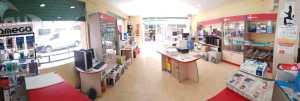 interior tienda informatica 11