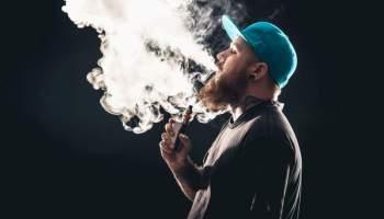 Невже вейпи та електронні сигарети небезпечні?