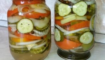 Смачненький салат «Огірки по-польськи». Відкрив баночку, і закуска готова