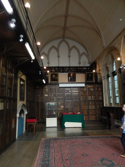 The main hall with beautiful caged books and less-beautiful laminate balcony...