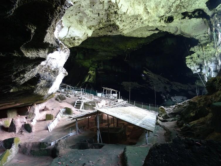 excavation site gua niah