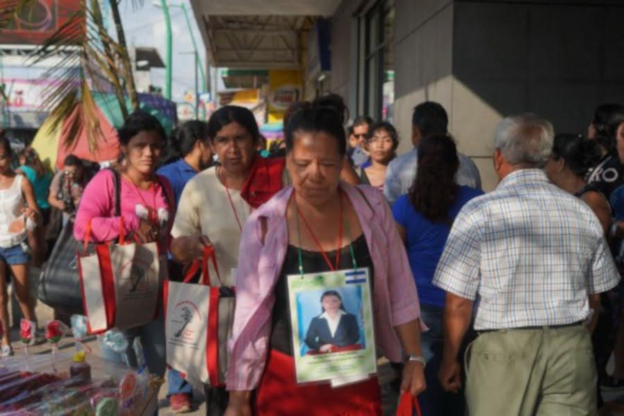 madres_migrantes_ximenaNatera_chisP-1