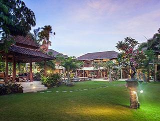 Villa Avalon 7 Bedroom Villa Canggu Bali