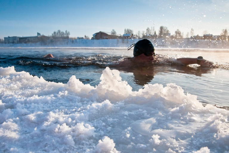 02-swimmer-and-ice