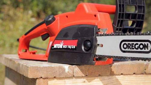 Electric Or Chainsaw Which is Better