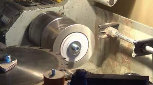 How To Sharpen A Band Saw On A Machine Tool