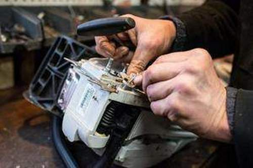 Husqvarna Chainsaw Piston Replacement 142 Videos