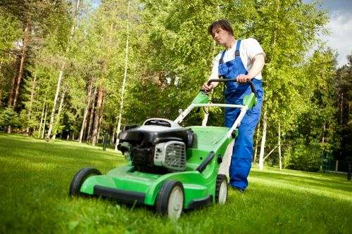 Can mow trimmer in rain