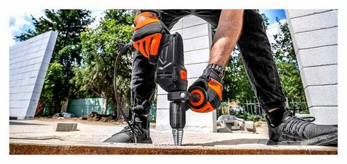 How An Impact Drill Differs From A Conventional One