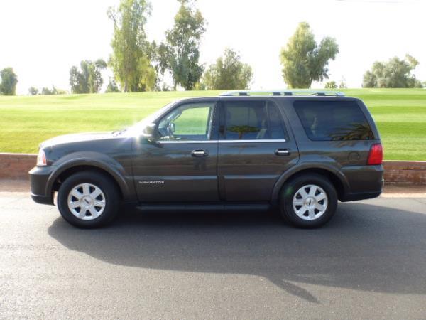 Used 2005 Lincoln Navigator for sale  Carsforsalecom