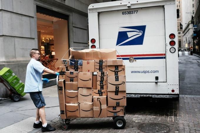 美國郵局「漲」聲響起!亞馬遜,FedEx,UPS 股價應聲下挫   Anue鉅亨 - 美股
