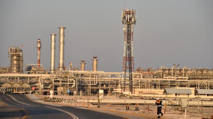 油田遇襲事件衝擊 彭博:OPEC原油產量觸及16年低點 | Anue鉅亨 - 能源