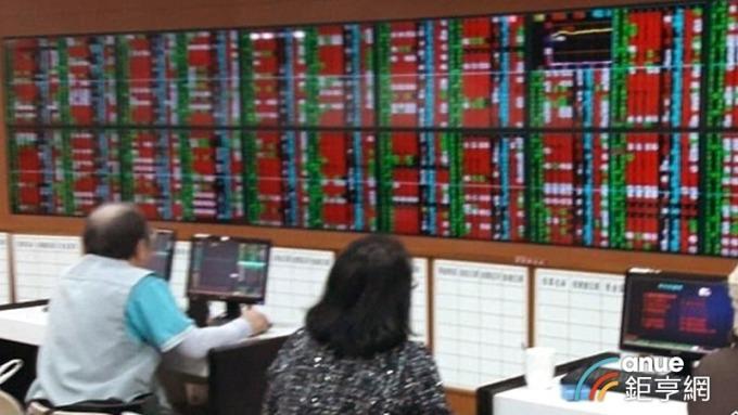 元大高股息ETF配息公布前夕 股價飆新高 殖利率仍保6% | Anue鉅亨 - 臺股新聞