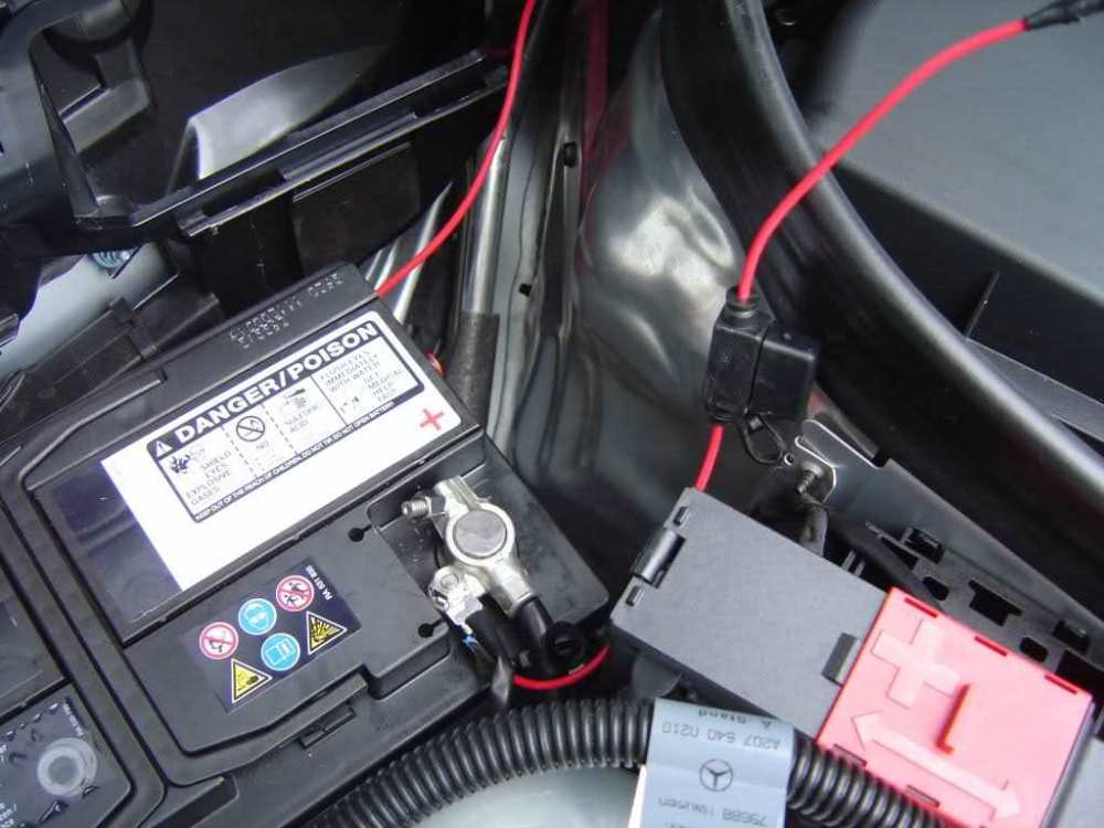 medium resolution of mercedes benz c class w204 how to install amplifier mbworld mercedes benz c class fuse box
