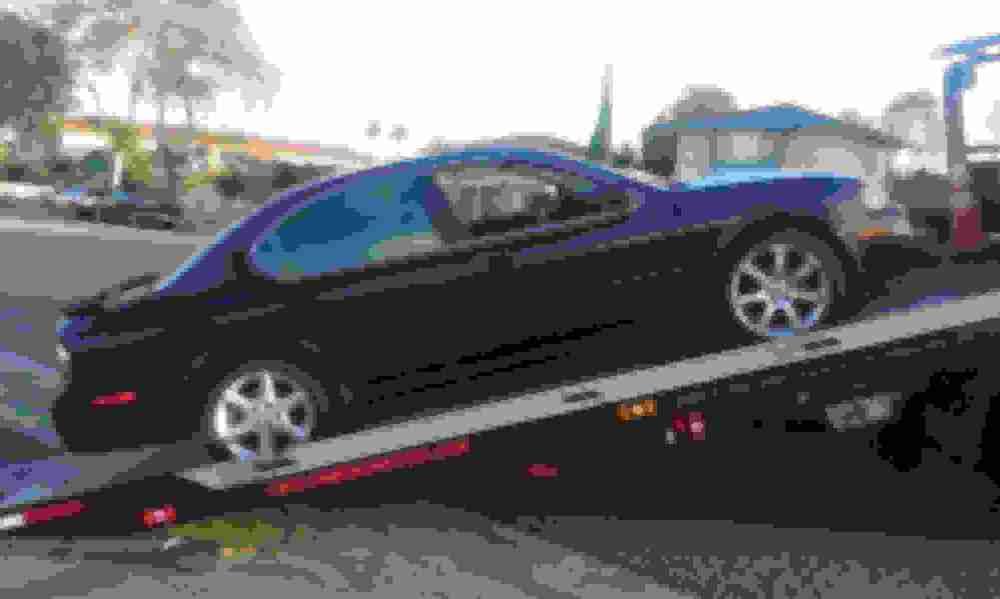medium resolution of 2007 08 maxima oem 18 wheels tires included but no good 245 45 18 100 2002 oem 17 wheels w tires goodyear eagle 70 tread 1 tire flat