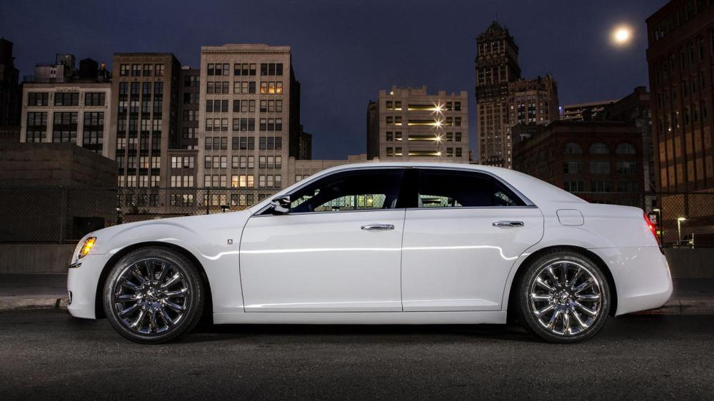 medium resolution of 2013 chrysler 300 motown edition