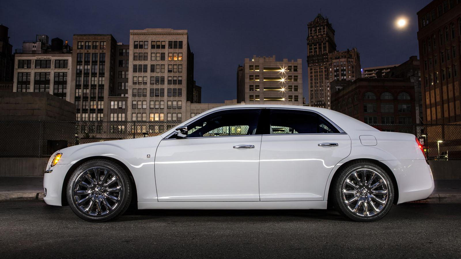 hight resolution of 2013 chrysler 300 motown edition