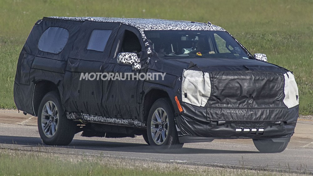 medium resolution of 2021 chevrolet tahoe and suburban could be next gen models 2020 chevrolet suburban