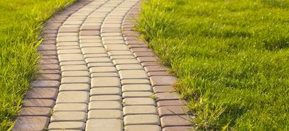 installing brick landscape edging