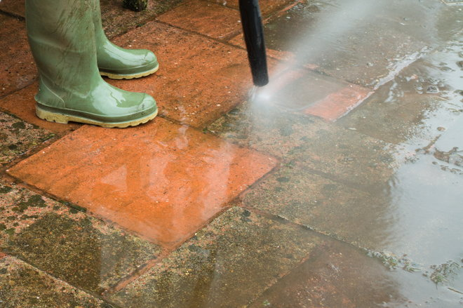 how to restore faded concrete pavers