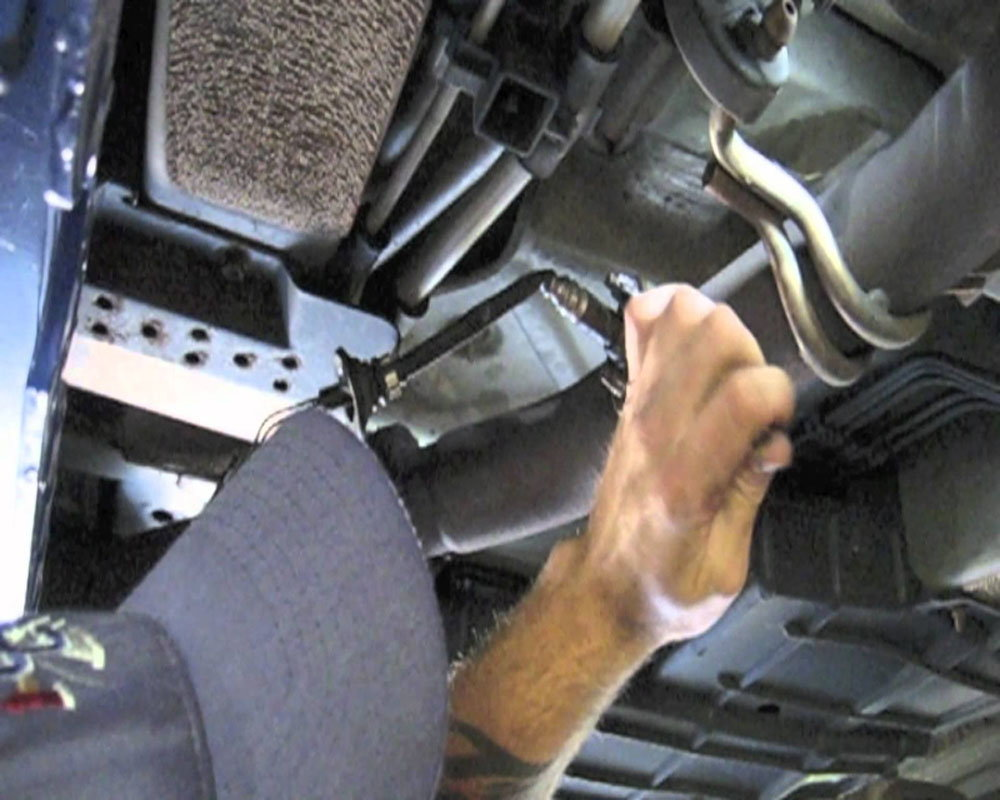 hight resolution of removing a catalytic converter