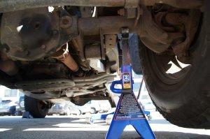 Jeep Wrangler JK 2007 to Present How to Replace Clutch Slave Cylinder  JkForum