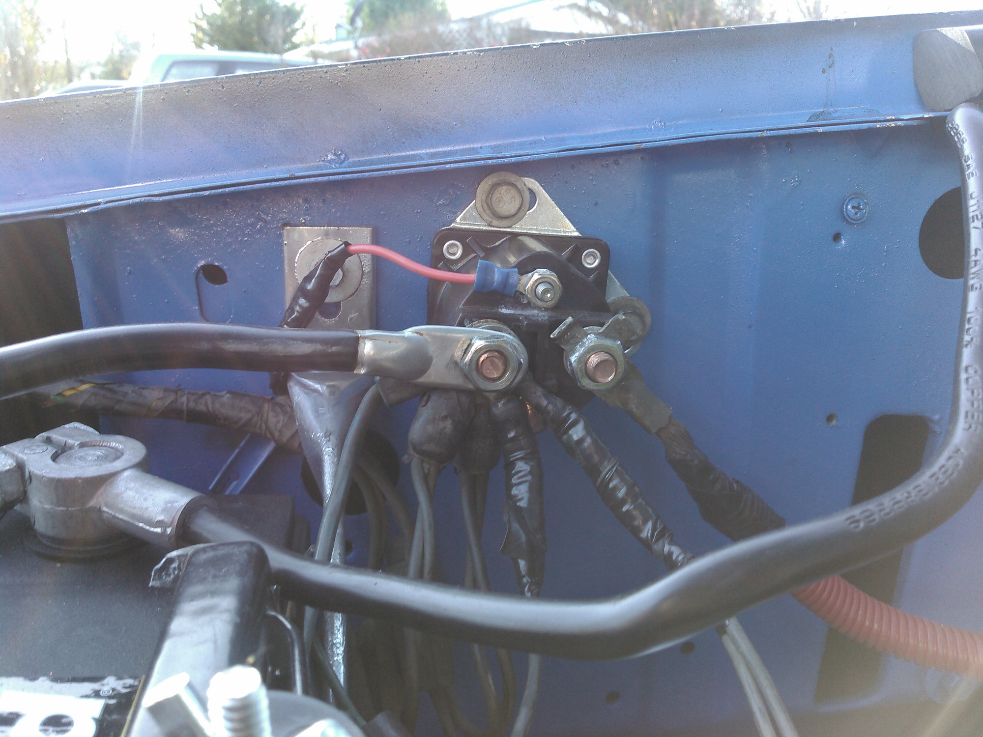 hight resolution of first blue wire on left goes down to alternator next two double come
