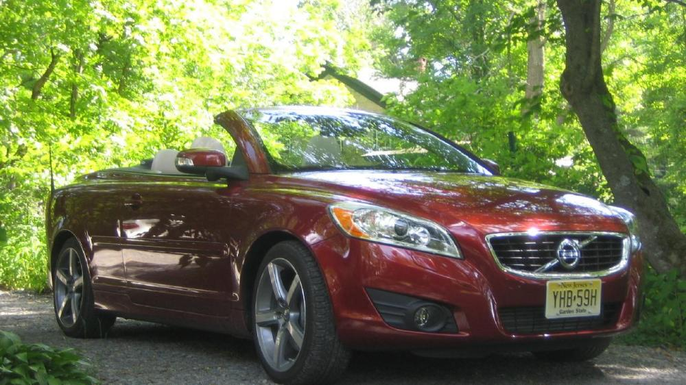 medium resolution of 2011 volvo c70