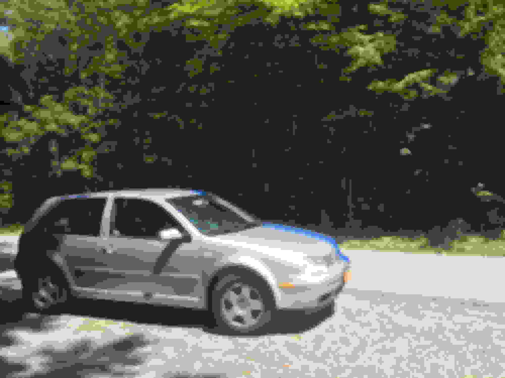 hight resolution of  pictures of my car just for the heck of it and because the intro thing suggested it thank you for taking the time to read this and bearing with me