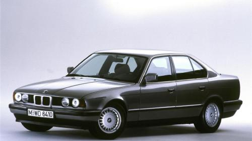 small resolution of bmw celebrates five generations of the 5 series