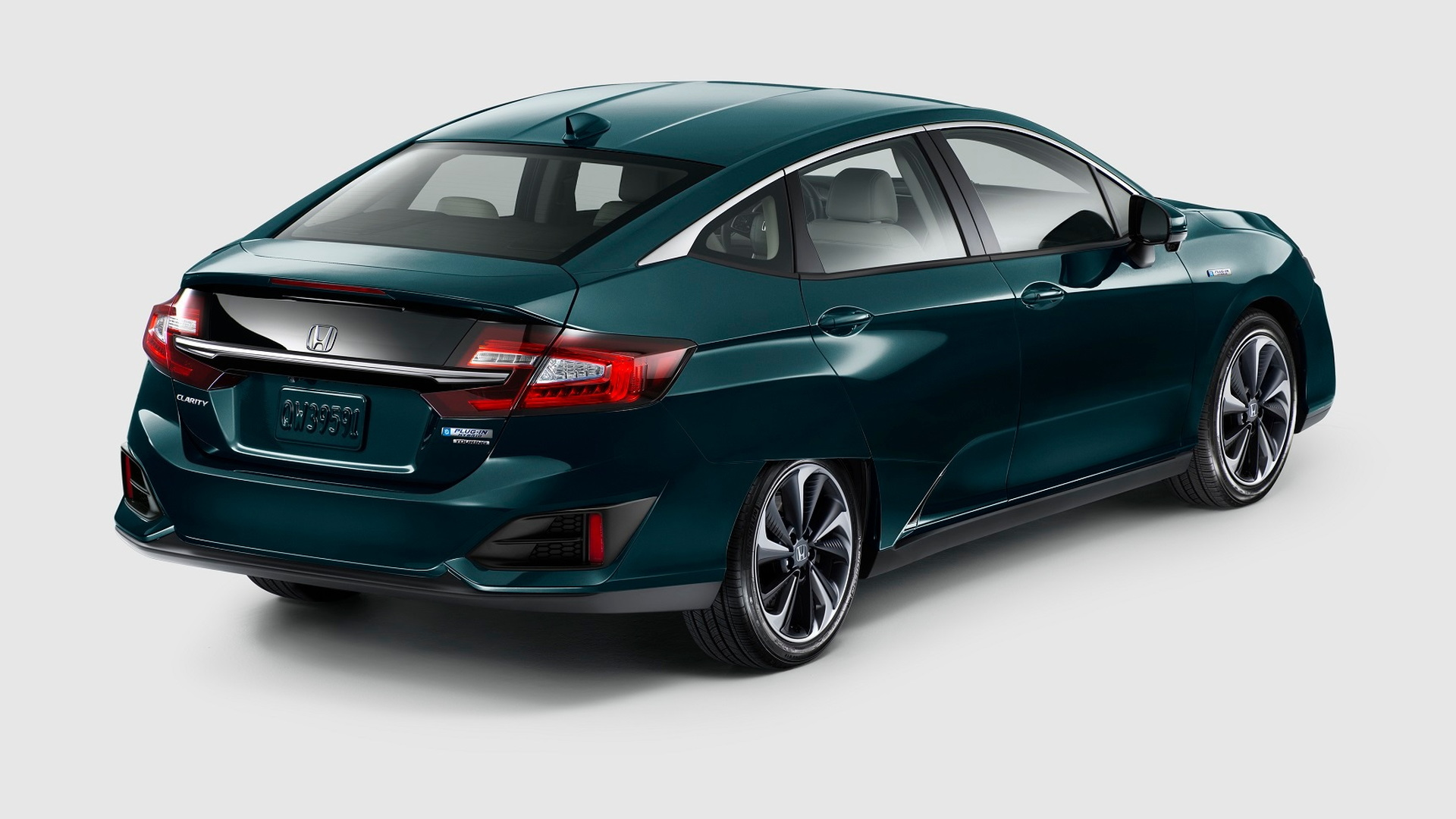 Honda Clarity Family Grows With Plug In Electric Models At 2017 Ny