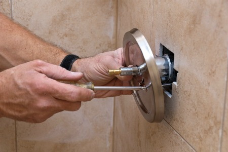 How to Repair a Leaking Bathroom Shower Faucet