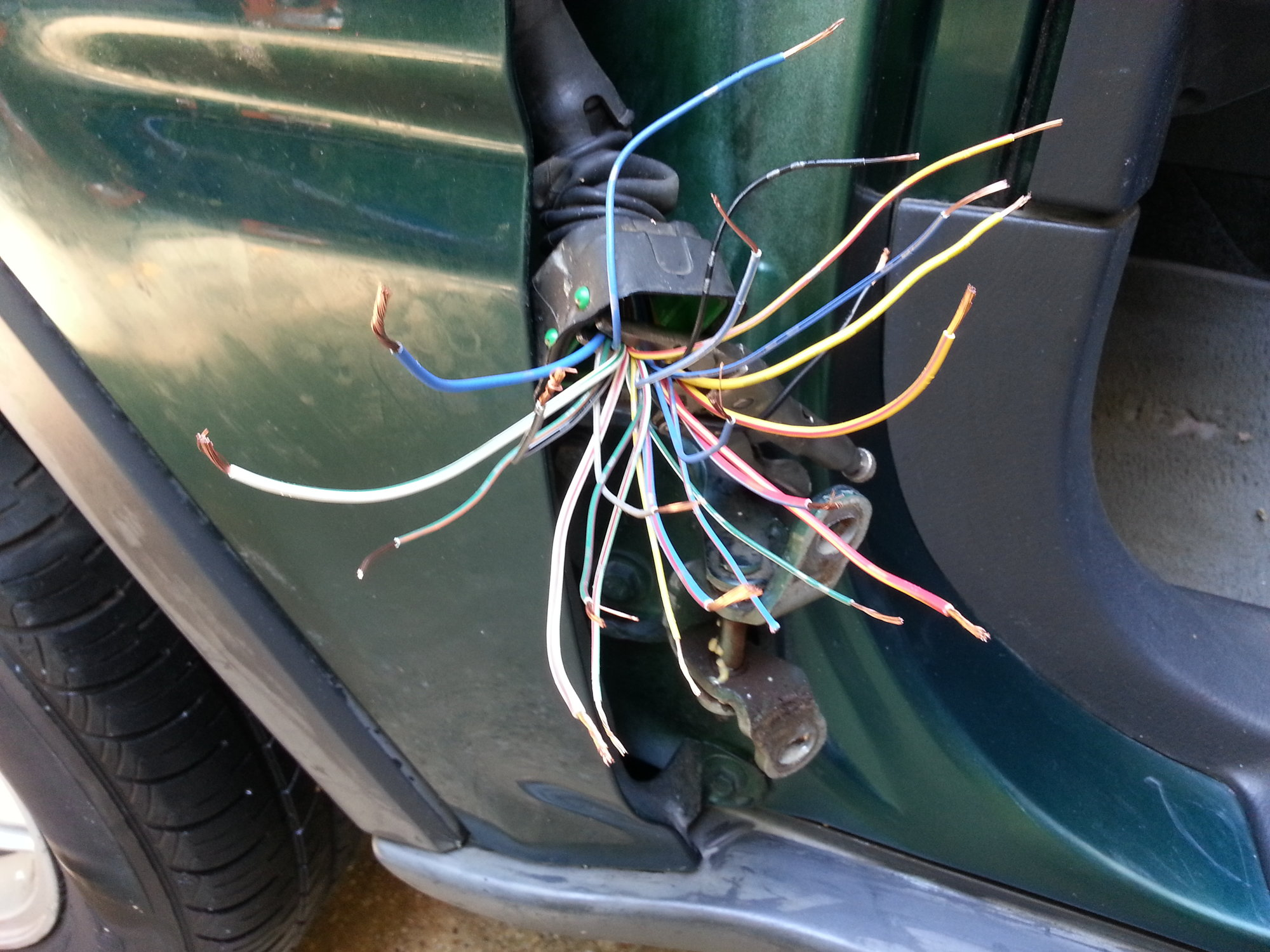 hight resolution of with some kind of clamp to hold the wires against the door just 97 crv door harness