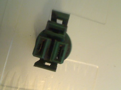 small resolution of this is the square green plug that has two vertical slots and a horizontal one above them see photo