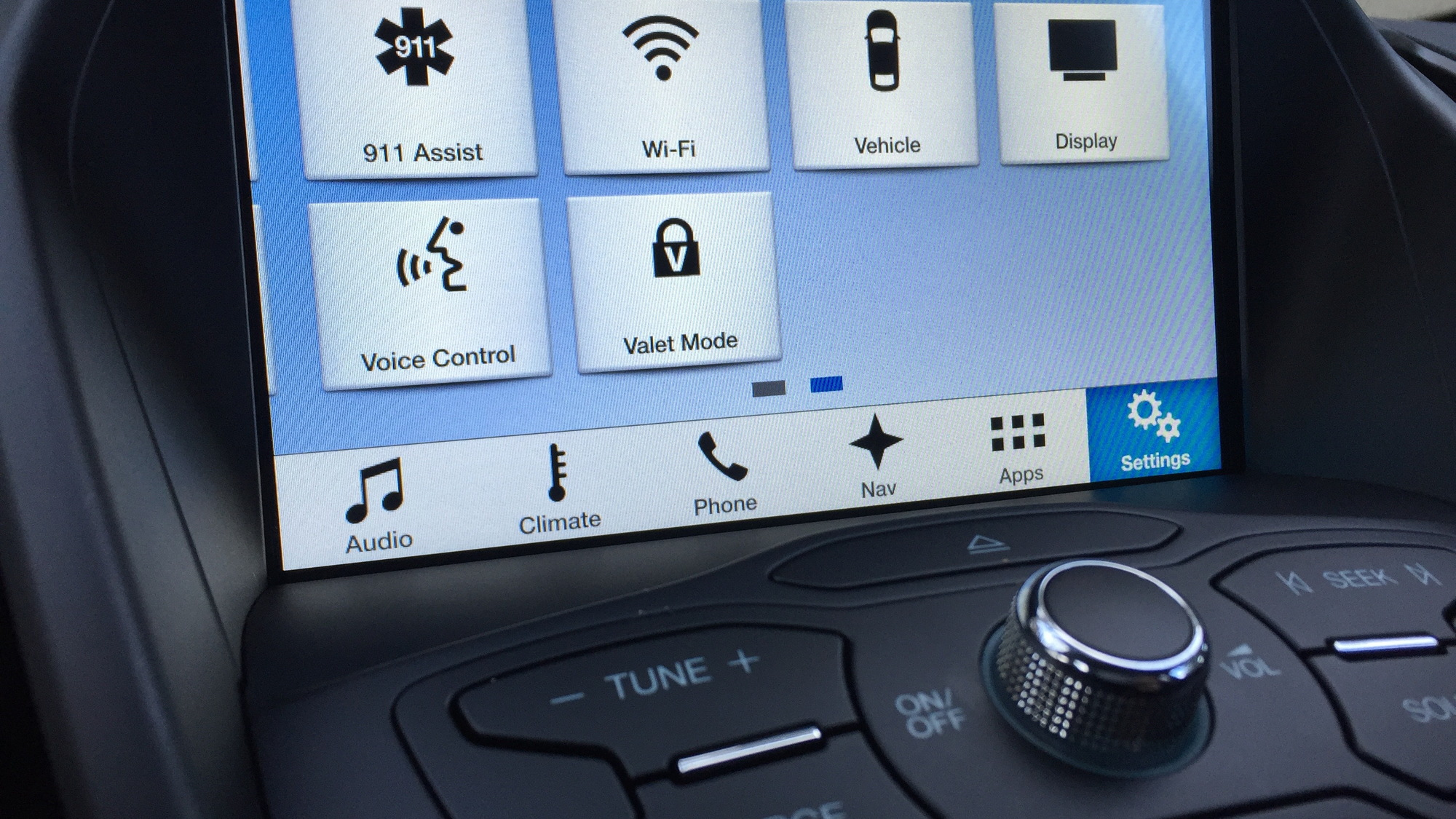 hight resolution of ford s sync 3 infotainment system