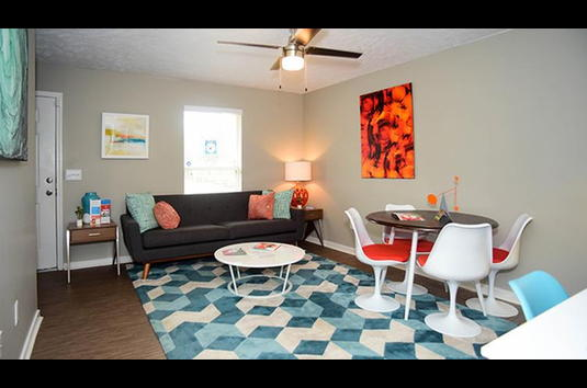 The Block Townhomes 88 Reviews Starkville Ms Apartments