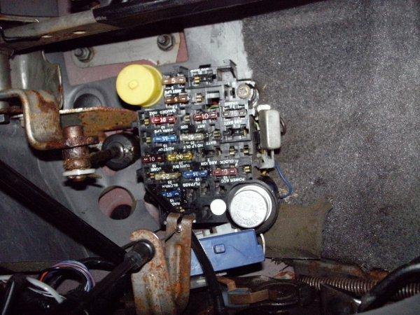 fuse box 4 89 comanche - jeep